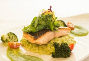 DIning at the Invicta Galler salmon